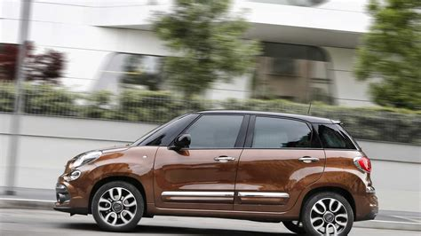 fiat 500l 2018 fiat 500l updated with 40 new parts autoevolution