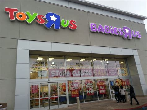 7 Customers To Avoid At Babies R Us by 2 23 15 Store Closing End Of March Up To 40 Regular