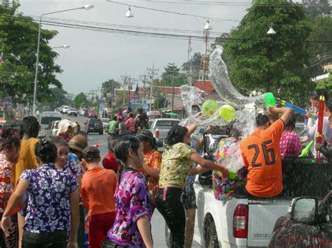 Kran Soang song kran festival in bangkok tropical destinations