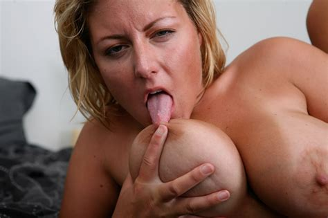 huge Tit milf Cougar Fucks A Younger Dude Pichunter