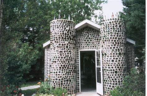 what are walls made of bottle wall