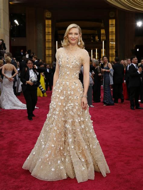 Oscars Carpet Cate Blanchett by Oscars 2014 Carpet Recap Of All The Fashion During