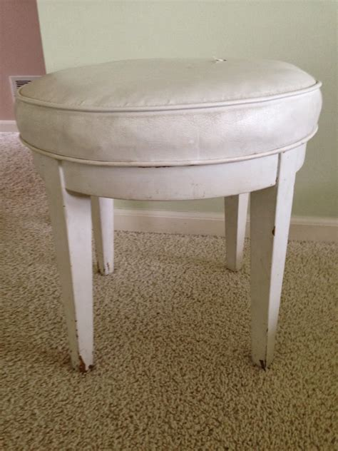 skirted vanity chair thrifty treasures skirted vanity stool