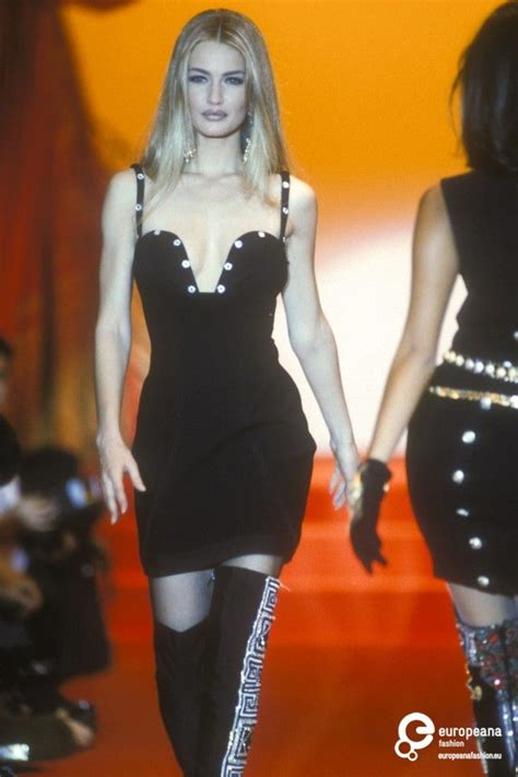 Oscar Predictions Trends From The Couture Catwalks by 300 Best Icons Mulder Images On