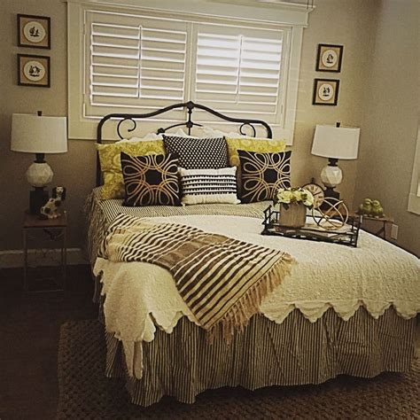 Guest Bedroom Ticking Stripe Bedding Black White Cream Black And White Striped Headboard