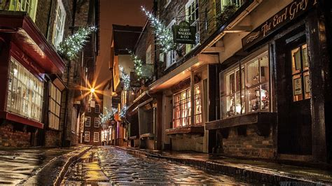 christmas street wallpaper hdr wallpaper cities england street building christmas  year