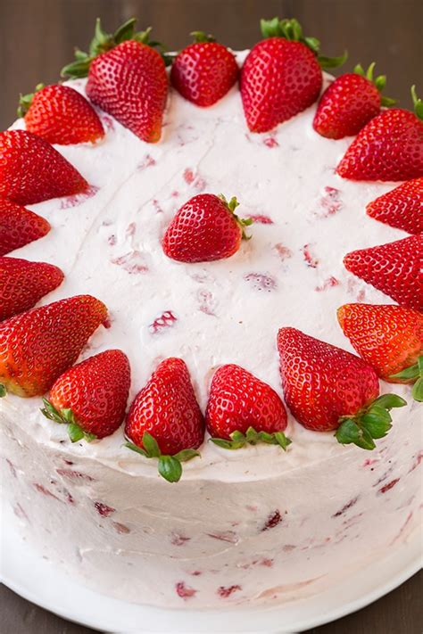 strawberry cake fresh strawberry cake cooking