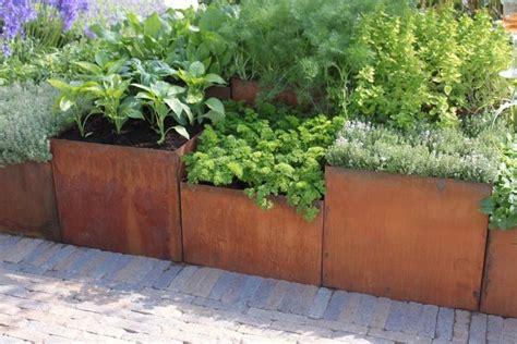 Steel Garden Planters by 25 Best Ideas About Corten Steel Planters On