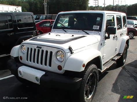 White Jeep With Interior by 2012 Bright White Jeep Wrangler Unlimited Altitude 4x4