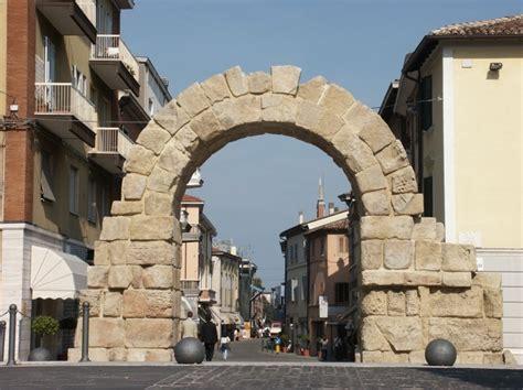 porta montanara storia e tradizione borgo sant andrea alberghi
