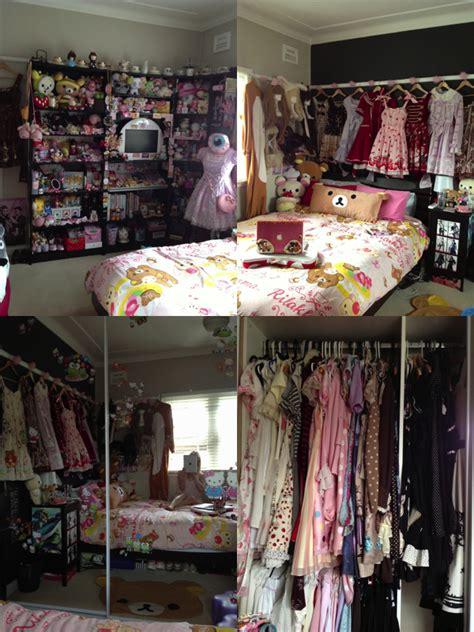 otaku bedroom kawaii and otaku rooms this kind of reminds me of