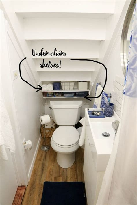 Best 25  Tiny bathrooms ideas on Pinterest   Small bathroom layout, Modern small bathrooms and