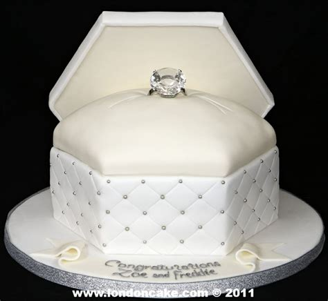 cute engagement cakes engagement cakes ideas