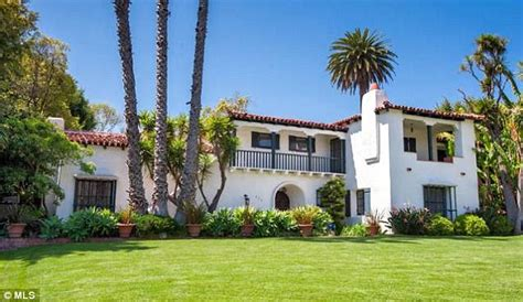 beverly mansion howard hughes flew into to be