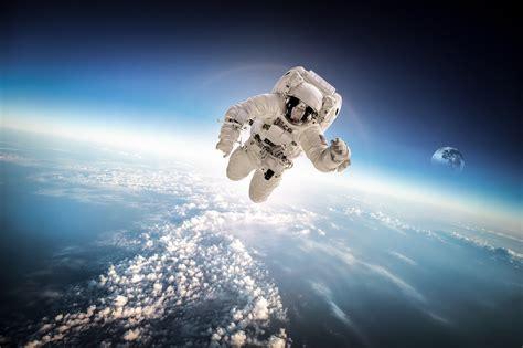 Astronaut Gehalt: Ausbildung, Lohn und Verdienst