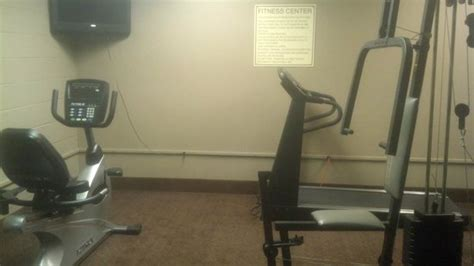 comfort inn heart of the poconos gym picture of baymont inn suites bartonsville poconos