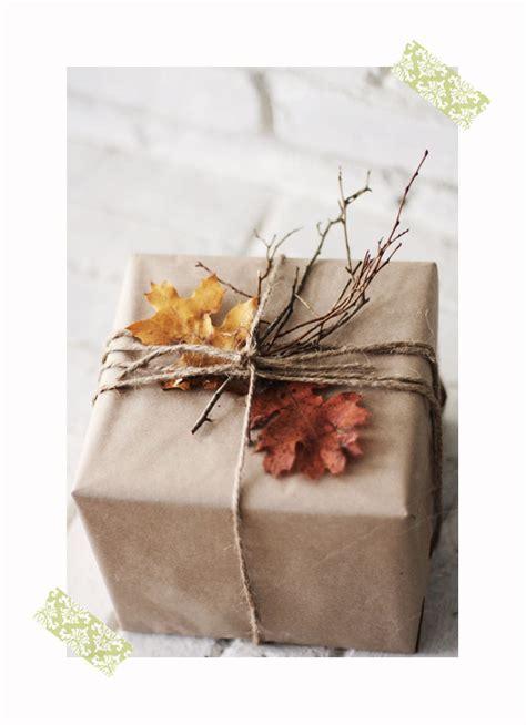 decorar regalos 10 nuevas ideas originales para envolver regalos pequeocio