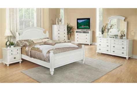 White Bedroom Set Full | bedroom sets freemont white full size bedroom set