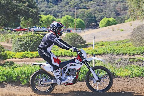 Dirt Bike PR 4 REVIEW ? AJP Motos USA