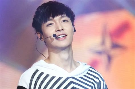 lay biography exo facts and profile of lay of exo bio net worth fun facts