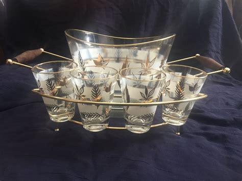 vintage barware set vintage mid century barware set 8 bar glasses caddy