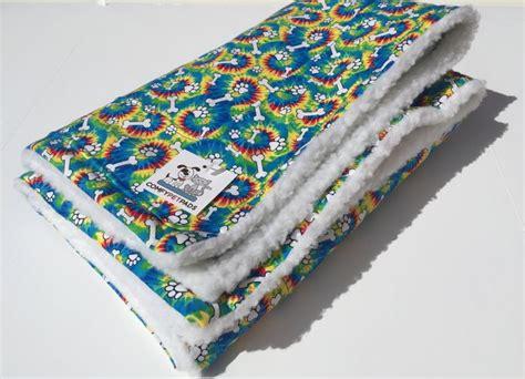 Rettungshund Decke by Rainbow Blanket Tie Dye Blankets Pet Blanket Paw Print