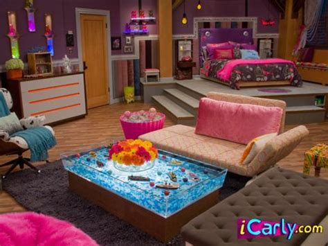 carly s bedroom carly s bedroom http www icarly com decor rooms