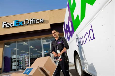 Fedex Office Hours by Fedex Office Print Ship Center Tn 38111 901