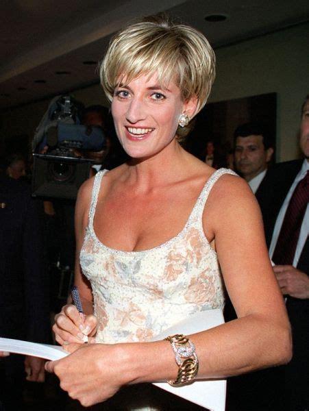 Dress New Diana Princess Pt 2 june 23 1997 diana princess of wales arrives at