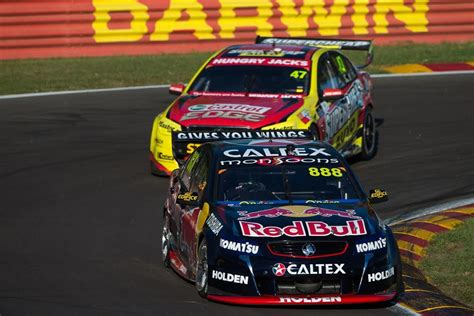 GALLERY: Lowndes celebrates 100 V8 wins   Speedcafe