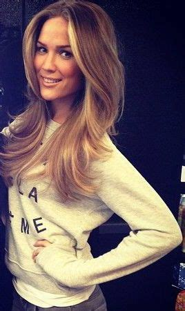 hair highlighted in front best 25 front highlights ideas on pinterest blonde