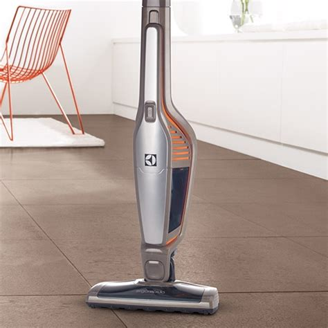 Vacuum Cleaner Electrolux Rapido electrolux ergorapido 174 plus lightweight vacuum cleaner el2010a