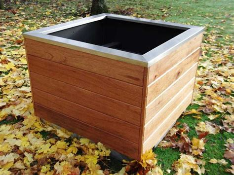 Timber Planter by Blueton Limited The New Name In Furniture Ref