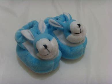 Boneka Beruang Kuning Baju Biru 25 Cm sepatu boneka catatan kehamilan