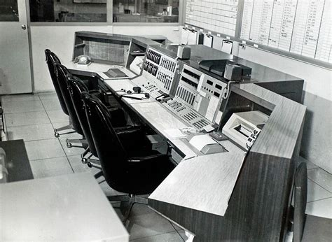 uplink console commands station apollo tracking operations
