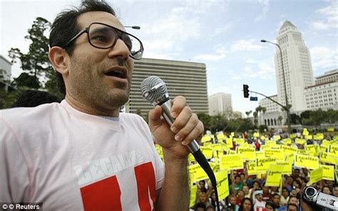 The American Made Controversy Ex American Apparel Ceo Dov Charney Filmed Himself With Staff And Models Daily Mail