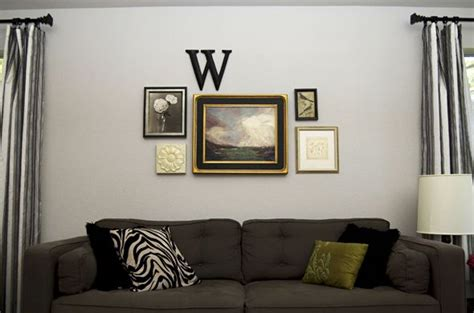 wall arrangements simple wall arrangement mix of large and small sizes pn