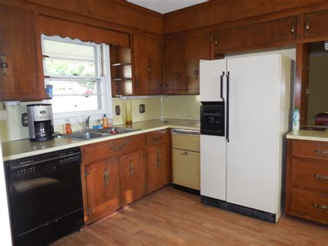 old wooden kitchen cabinets old kitchen cabinets help