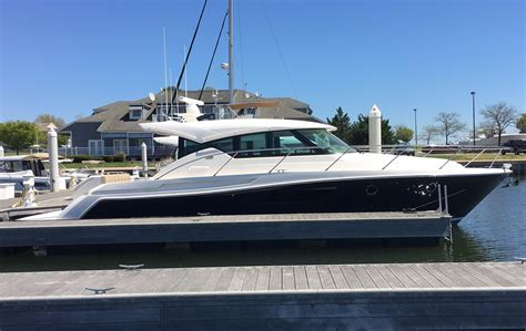 tiara boats prices 2018 tiara 44 coupe power boat for sale www yachtworld