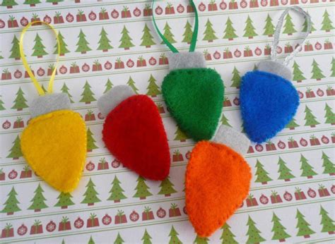 pattern for felt christmas lights craft of the day felt christmas lights huffpost