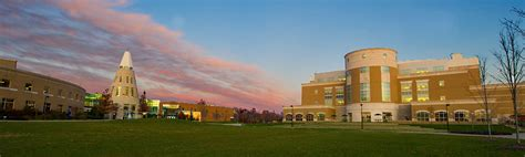 Of Southern Indiana Mba Admissions by Undergraduate Admissions Apply To Usi Applications
