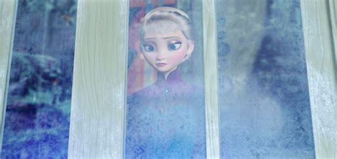 elsa film clip monde animation exlusive clip from the upcoming disney