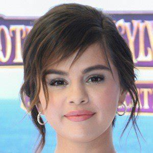 most famous celebrity birthdays most popular people famous people famous birthdays