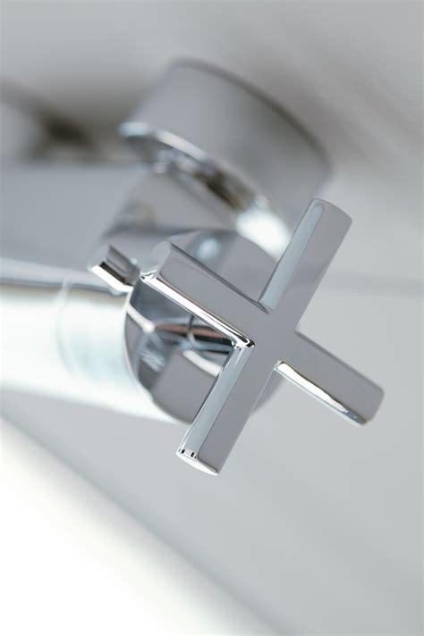 rubinetto termostatico per doccia rubinetto termostatico per doccia con attacco superiore 3