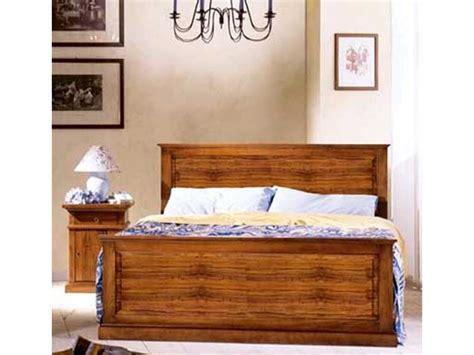 letti classici in legno letto matrimoniale modello asolo in legno massello stile