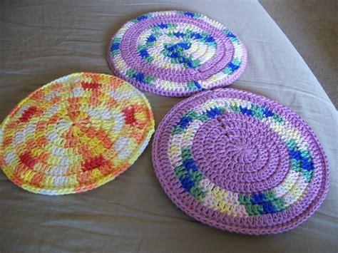 crochet potholder pattern pattern round potholders seesawyer