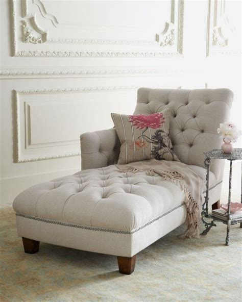 chaise lounges for bedroom best 25 chaise lounge bedroom ideas on pinterest