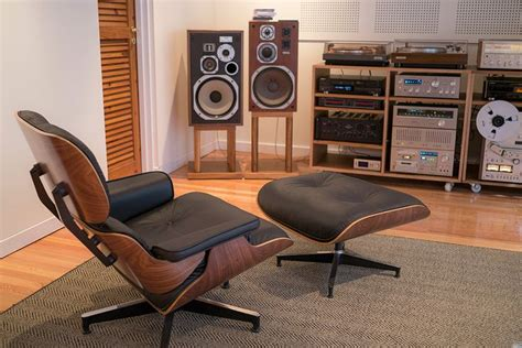 Listening Room by Audiophile Listening Room Design Studio Design