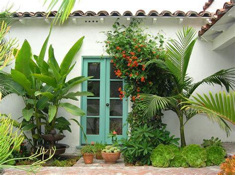 Backyard Los Angeles 20 Gardens Tropical Plants Design Ideas Furniture