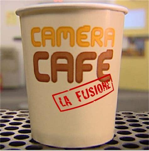 de marinis cafã cafe stasera in prima serata su italia 1